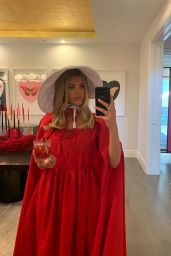 Sofia Richie - Social Media 06/12/2019