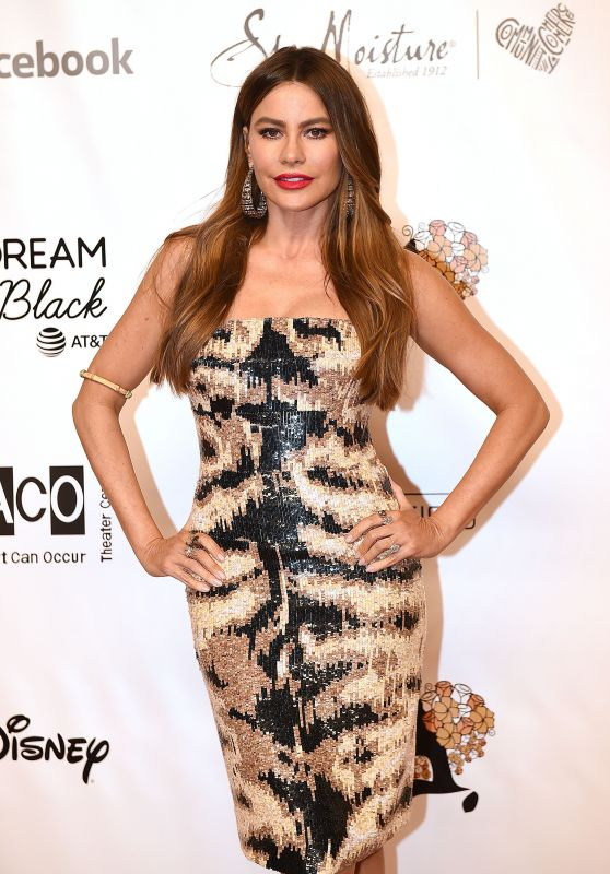 Sofia Vergara - Wearable Art Gala in Santa Monica 06/01/2019