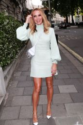 Amanda Holden Chic Style - Annabel's in London 07/02/2019