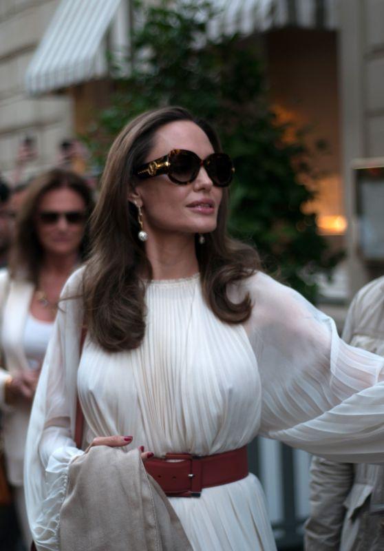 Angelina Jolie in Paris 07/08/2019