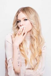 Avril Lavigne - Cosmopolitan Magazine Japan July 2019