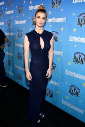 Betty Gilpin – EW Comic Con Party in San Diego 07/20/2019
