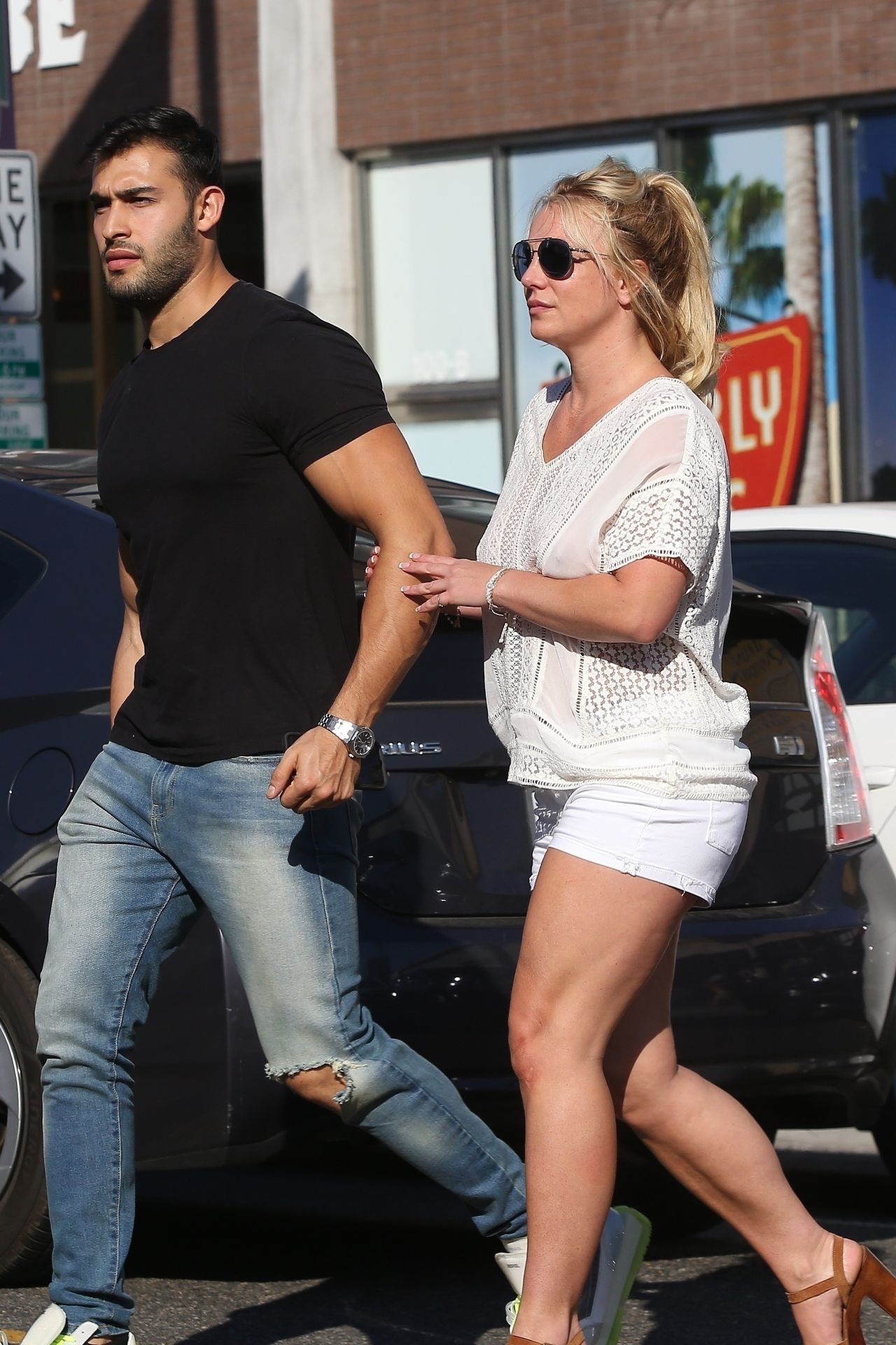 Britney Spears - Le Pain in Beverly Hills 07/12/2019