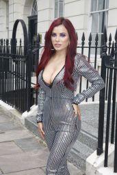 Carla Howe Style - Oout in London 07/18/20199