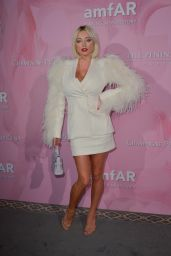 Caroline Vreeland – amfAR Gala in Paris 06/30/2019