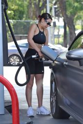 Charli XCX - Getting Gas in Los Angeles 07/21/2019