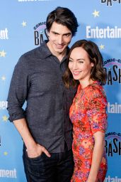 Courtney Ford – EW Comic Con Party in San Diego 07/20/2019