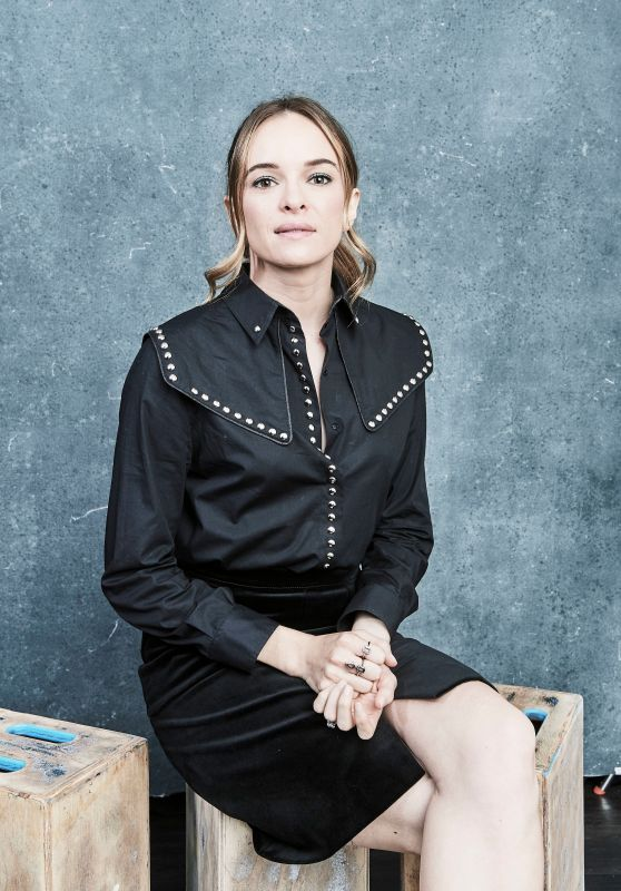 "Danielle Panabaker - ""The Flash"" Portraits at SDCC 2019"