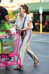 Elizabeth Olsen - Grocery Shopping in Sherman Oaks 07/25/2019