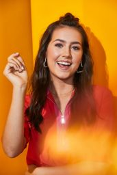Emma Furhmann – Pizza Hut Lounge Portraits at SDCC 2019