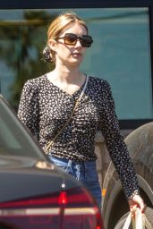 Emma Roberts - Outside Gelson