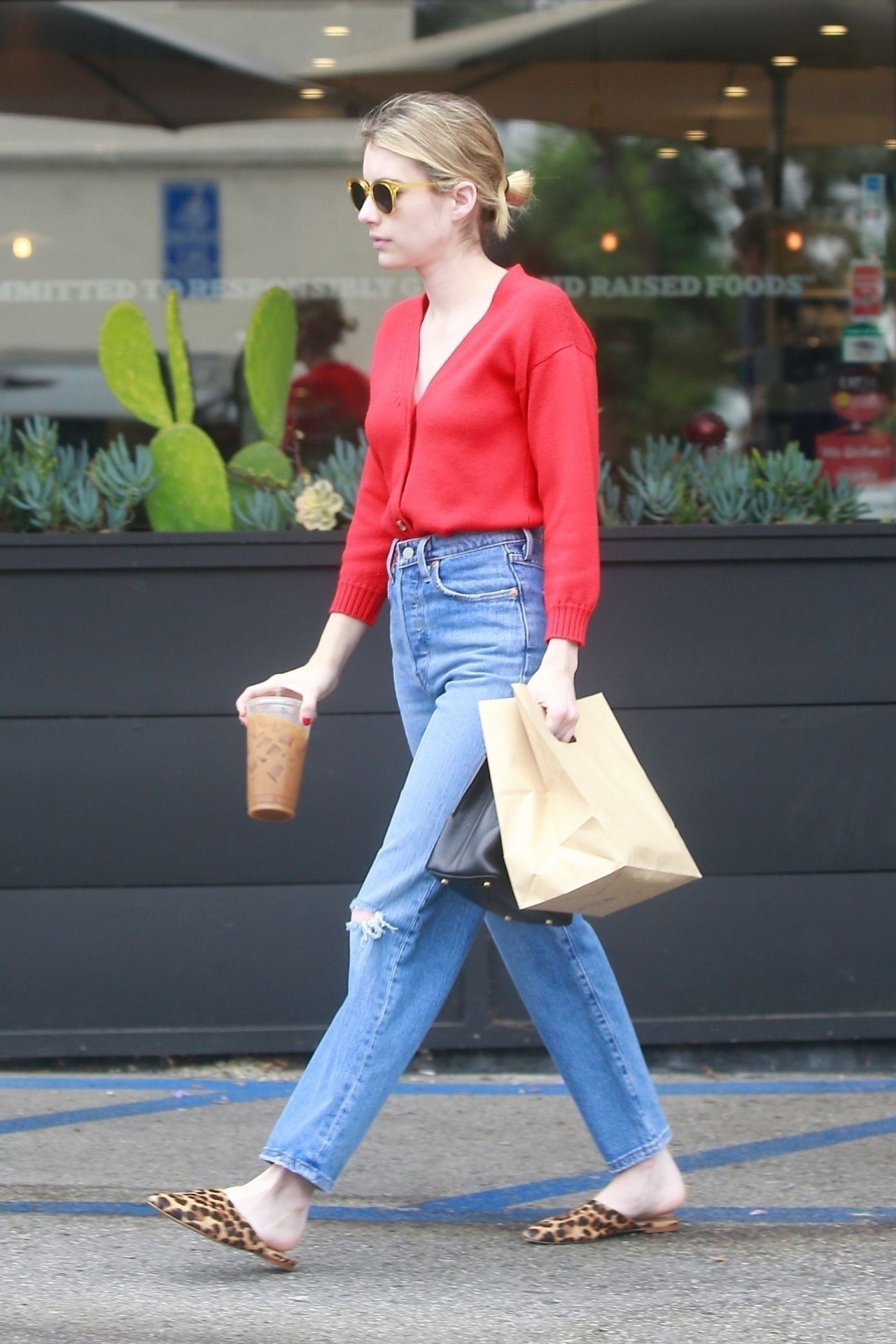 Emma Roberts Street Style Leaving Stamp In Los Feliz 07 07 2019