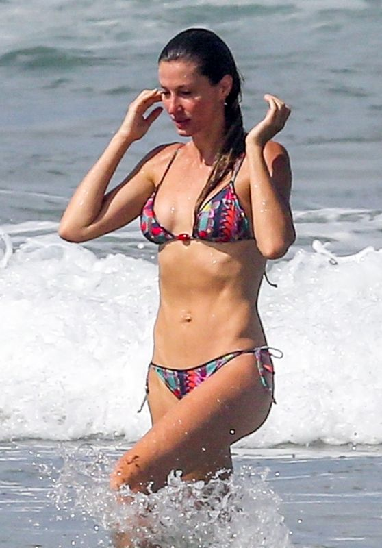 Gisele Bundchen in a Bikini - Beach in Costa Rica 07/16/2019