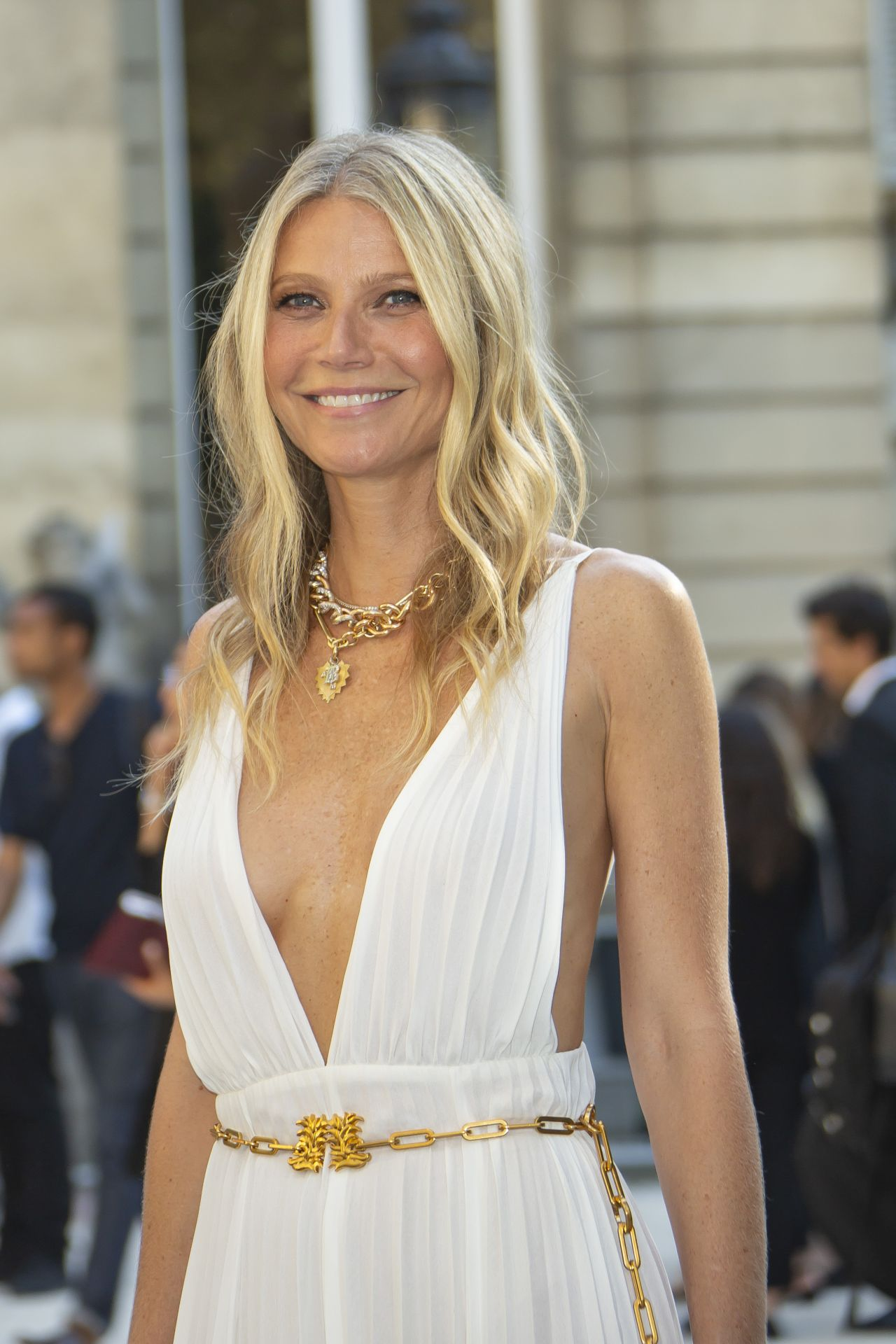Gwyneth Paltrow tan and glowing at Valentino Haute Couture Show in Paris