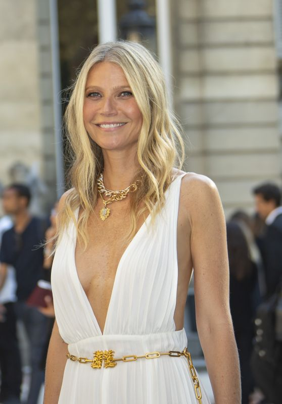 Gwyneth Paltrow - Valentino Haute Couture Fall / Winter 2019 2020 Show in Paris