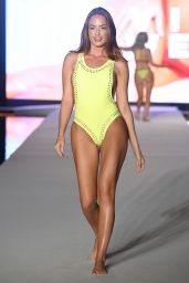 Haley Kalil – 2019 Sports Illustrated Swimsuit Runway Show at Miami Swim Week
