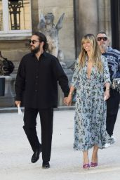 Heidi Klum – Outside the Valentino Show in Paris 07/03/2019