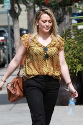 Hilary Duff at a Nail Salon in Studio City 07/03/2019