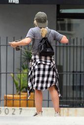 Hilary Duff Street Style - Running Errands in Studio City 07/23/2019