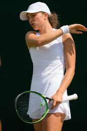 Iga Swiatek – Wimbledon Tennis Championships 07/01/2019