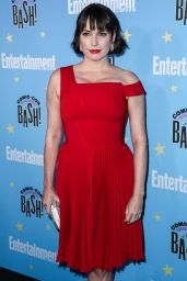 Julie Ann Emery – EW Comic Con Party in San Diego 07/20/2019