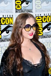 """Katharine Isabelle – """"The Order"""" Photocall at SDCC 2019"""