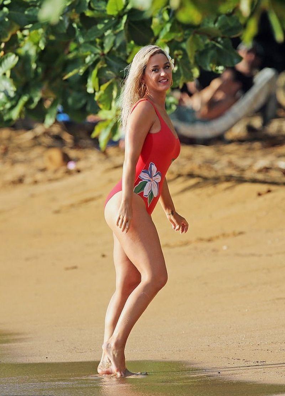 Brielle biermann models thong bikini