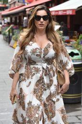 Kelly Brook in Summer Dress 07/15/2019