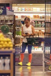 Kendra Wilkinson - Grocery Shopping in LA 07/28/2019