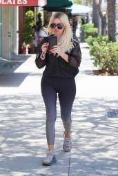 Khloe Kardashian in Spandex at Bagel Shop in Beverly Hills 07/23/2019
