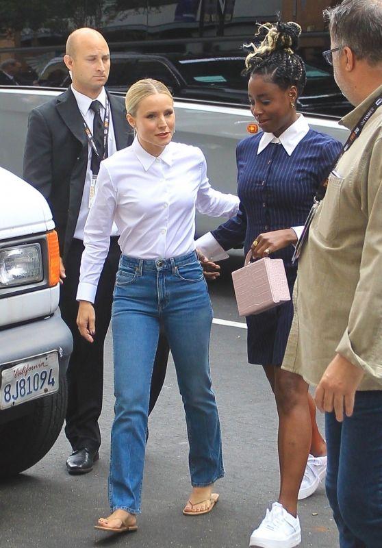 Kristen Bell – Arrives at SDCC 2019