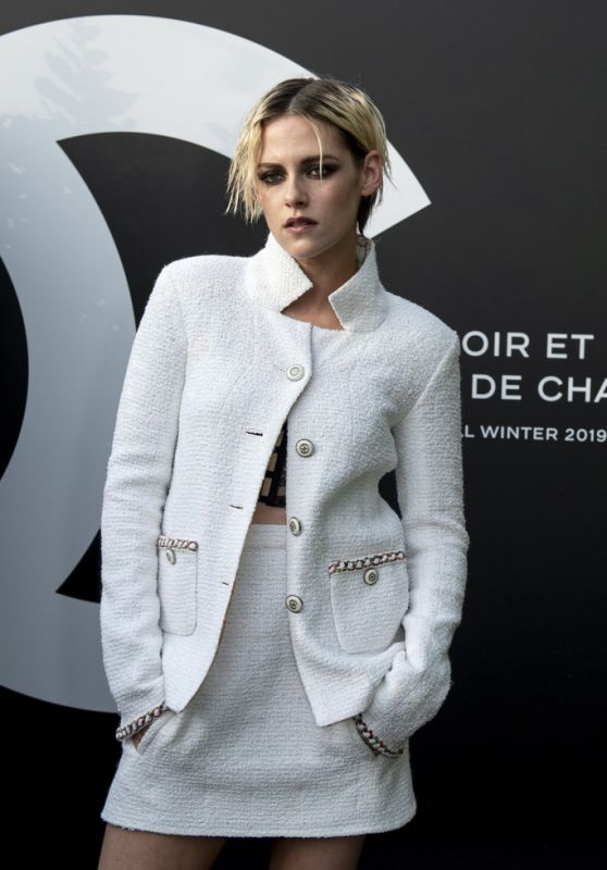 Kristen Stewart - Noir et Blanc de Chanel F/W 19 Makeup Collection