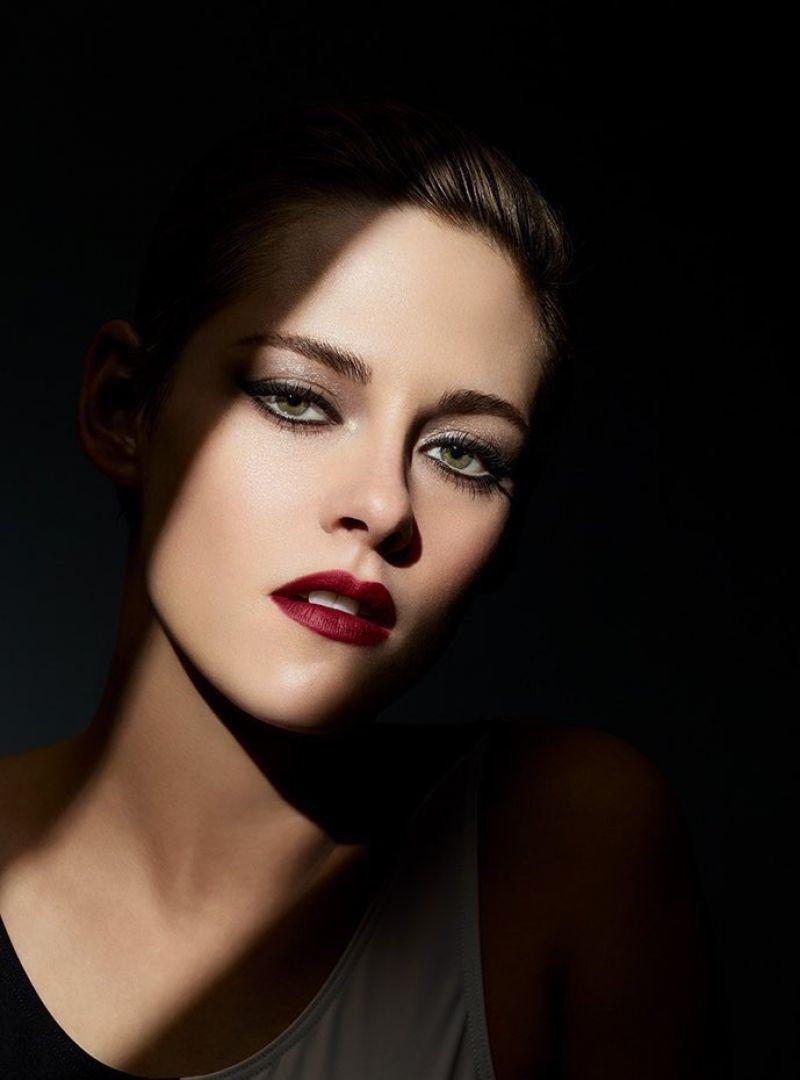 Kristen Stewart - Noir...