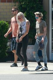 Kristen Stewart - Out With Frieds in Los Angeles 07/27/2019