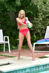 Kristin Chenoweth in a Bikini by the Pool in Beverly Hills 07/10/2019