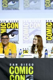 """Madelaine Petsch - """"Riverdale"""" Special Video Presentation and Q&A at SDCC 2019"""