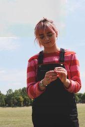 Maisie Williams - Social Media 07/26/2019