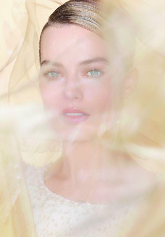 Margot Robbie - Chanel Essence Scent Campaign July 2019
