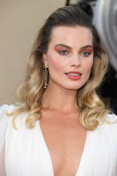 """Margot Robbie – """"Once Upon a Time In Hollywood"""" Premiere in LA"""