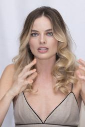 """Margot Robbie - """"Once Upon A Time In Hollywood"""" Press Conference in Beverly Hills"""