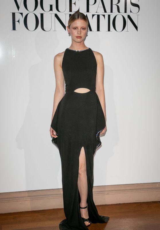 Mia Goth - Vogue Foundation Diner in Paris 07/02/2019