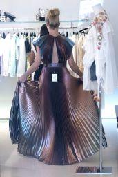 Michelle Hunziker - Shopping in Milano Marittima 07/03/2019