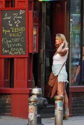 Miranda Lambert in Mini Skirt - Out for Dinner in NYC 06/26/2019