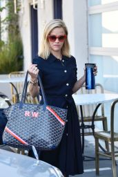 Reese Witherspoon - Arrives at Her Office in Los Angeles 07/27/2019