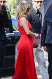 Reese Witherspoon – Arrives for Zoe Kravitz and Karl Glusman Wedding in Paris
