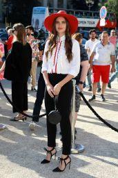 Sara Sampaio – Outside the Armani Show in Paris 07/02/2019