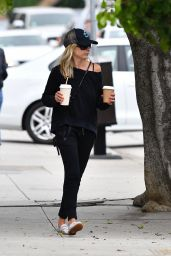 Sarah Michelle Gellar - Out in Brentwood 07/25/2019