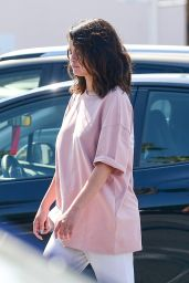 Selena Gomez - Shopping in Los Angeles 07/05/2019