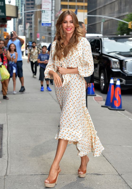 """Sofia Vergara - Arrived at """"The Late Show"""" in NYC 07/17/2019"""