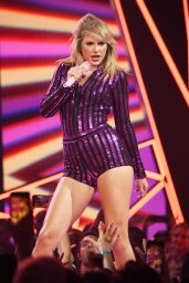 Taylor Swift - Performs in New York 07/10/2019